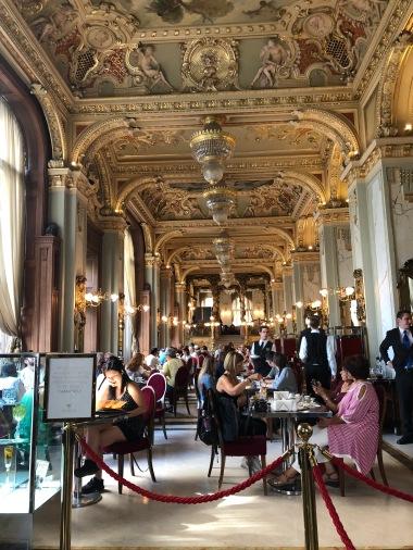 NY Cafe 3